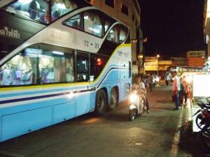 タイの長距離バス