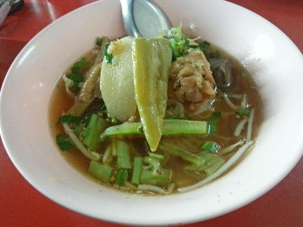 thai-noodle-mara-khai
