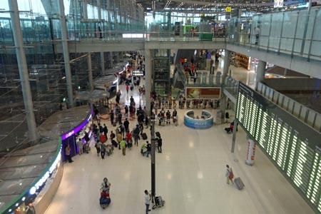 スワンナプーム国際空港2F到着フロア