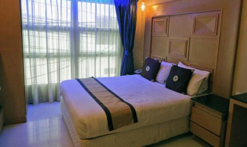 「スマート スイーツ ホテル(Smart Suites Hotel)」